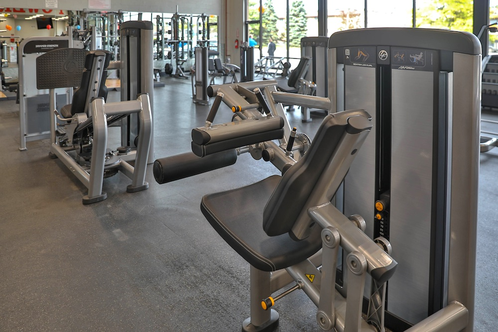 powerhouse-gym-nanuet-strength-machines